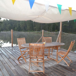 Un toit terrasse pour être aux premières loges de la vie et des secrets de l'étang