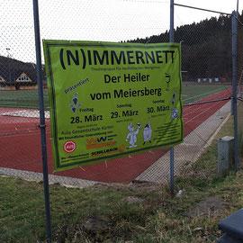 unser Banner am Sportplatz in Kürten