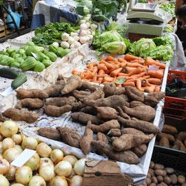 Süßkartoffeln und anderes leckeres Gemüse