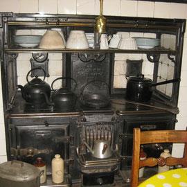 Die Küche bzw. der Essraum, in dem wir auch etwas bekommen