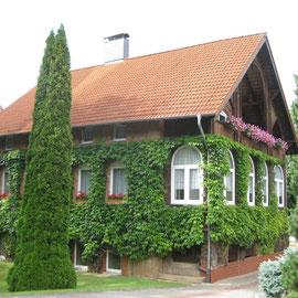Und immer wieder die schönen Fassaden der Häuser
