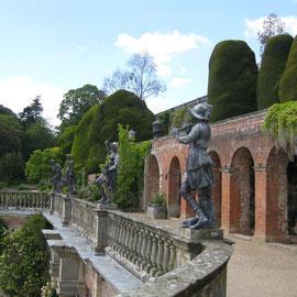Die Terrassen des Gartens vom Powis Castle