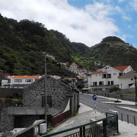 Wir begeben uns weiter Richtung Norden nach Porto Moniz
