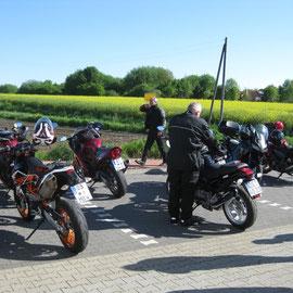 und die Motorräder, die zu jedem einzelnen gehören