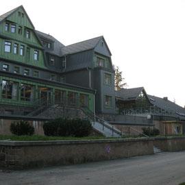 Unser Hotel - sehr schön ausgestattet und ziemlich gut besucht.