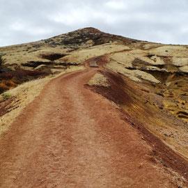 Ein schöner Weg zum erreichbaren Ende der Insel