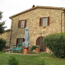 """und erreichen am 7. Mai gen 18:00 Uhr Bibbona und unser bescheidenes Anwesen """"Poggio Cornetto"""""""