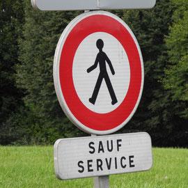 Für alle Freunde der alkoholischen Gärung: Diesen Service gibt´s wohl nur in Frankreich - hick