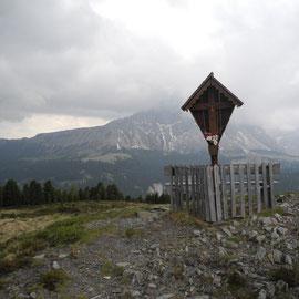 Geschafft. Die Maurerberghütte ist erreicht, ist aber geschlossen.