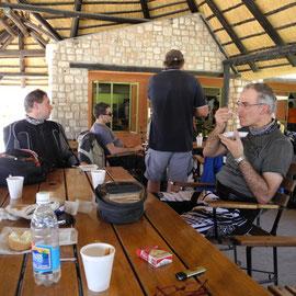 Mittagspause in Solitaire - ich kauf´ Apfestrudel