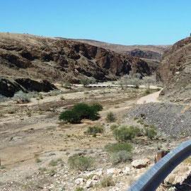 An den GAUB-Pass schließt sich der Kuiseb-Pass an