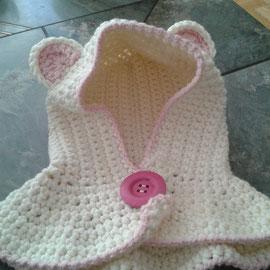 """Schalmütze """"Bär"""" aus kuscheligem Schurwollmischgarn, nicht kratzend, Knopf lässt sich öffenen zum leichteren Anziehen bei Babys, ist aber auch als Schlupfmütze möglich"""