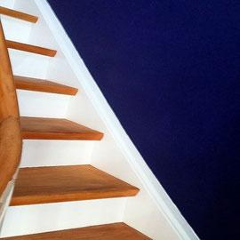 Treppenstufen versiegeln und streichen