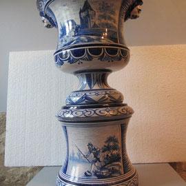 Vasque en faïence de Nevers restaurée1