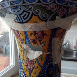 Vase de Rouen lacune de 15 cm après collage