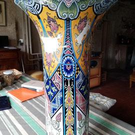 Vase de Rouen comblement des lacunes