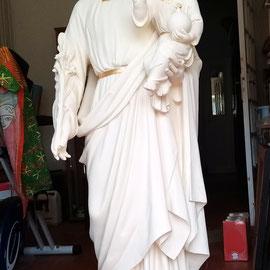 statue en plâtre Saint-Joseph, après restauration