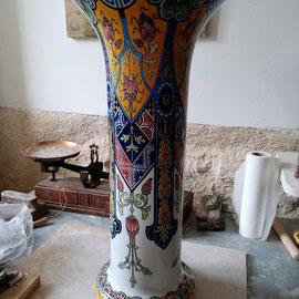 Vase de Rouen après restauration illusionniste