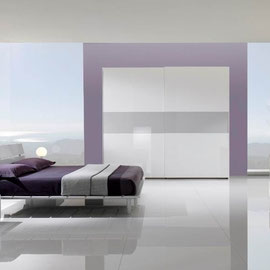 cuisine intérieur design toulouse dressing fermé porte coulissante vitrée blanc et gris