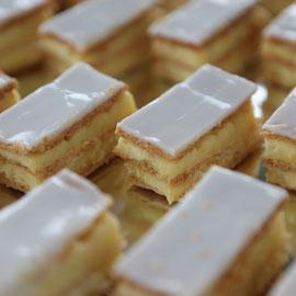 Cremeschnitten mini und maxi mit Butterblätterig