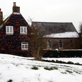 House and URC Chapel, West Langdon