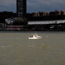 Survey boat on the Hudson