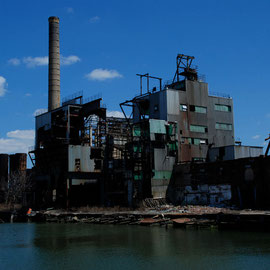 Demolition of the Revere Sugar Factory in Red Hook 2006