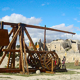 Trébuchet, les Baux de Provence, 2007. Actuellement le plus grand de France