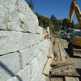 Erstellen einer Granitmauer