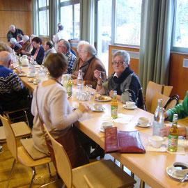 Mitglieder und Gäste