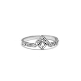 Bague triangle or blanc 14k + pavé