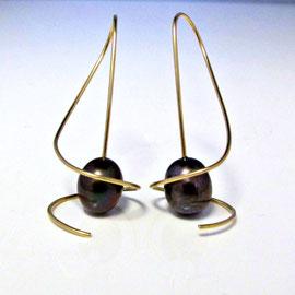 AN 88 - 14K  swirl earrings with mocha pearls.