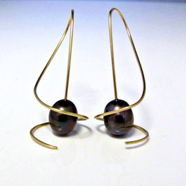 E 459 - 14K  swirl earrings with mocha pearls.