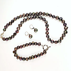AN 67 - Chocolate pearl suite: bracelet, necklace, and earrings - all with sterling silver.