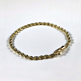 AN 127 - 14K yellow old rope bracelet.