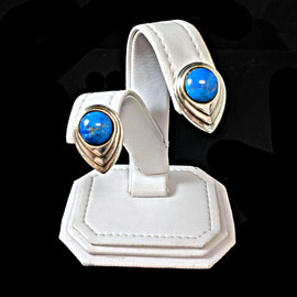 AN 105 - Sterling clip earrings with oval lapis.