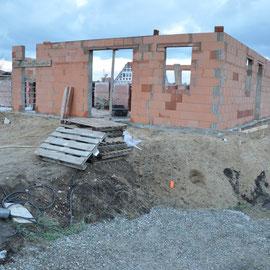 und schon ist die Außenmauer fertig