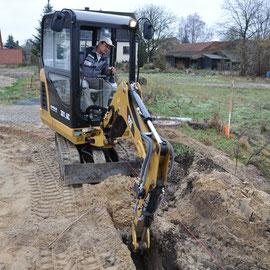 nun erfolgt der Bodenaushub für das Fundment erstellt
