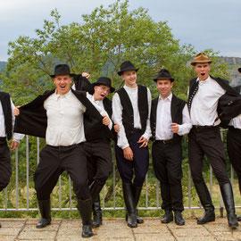 Szélrózsa Néptáncegyüttes (Földes - Hongrie) Photo M.RENARD/FOLKOLOR 2013