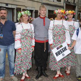 Solnechnaya Raduga (Russie) Photo Georges Sigro - FOLKOLOR 2014 – à Festival Mondial de Folklore de Montréjeau.