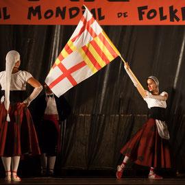 El Foment de la Sardana Esbart dels Reis de Mallorca (Perpignan/Catalogne/France) Photo M.RENARD/FOLKOLOR 2013