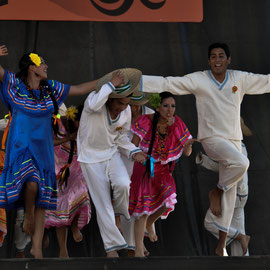 Danzart Bolivia (La Paz - Bolivie) Photo Ph.M/FOLKOLOR 2013