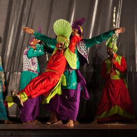 Punjabi Bhangra Folk (Mohali - Inde) Photo M.RENARD/FOLKOLOR 2013