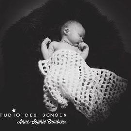 Nouveau-Né Naissance bébé Photographe Le Studio des Songes Anne-Sophie Cambeur Dijon