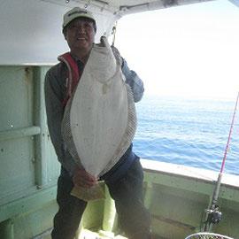 大ヒラメを釣り上げました