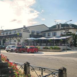 se raffraichir après une bonne journée sur la terrasse du Restaurant du Lac de Madine