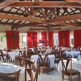 La salle du Restaurant du Lacde Madine
