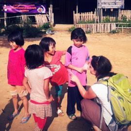 In einem Lahu-Dorf im Norden Thailands