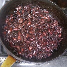 配って配って、残りは酢味噌と辛佃煮に^^;