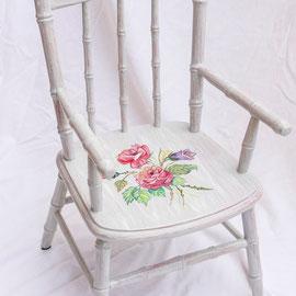 Chaise d'enfant en bois peint - Imitation bois cérusé & décor florall- Pascale Richert